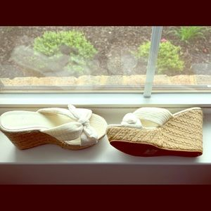MIA clothe off white wedge shoes.